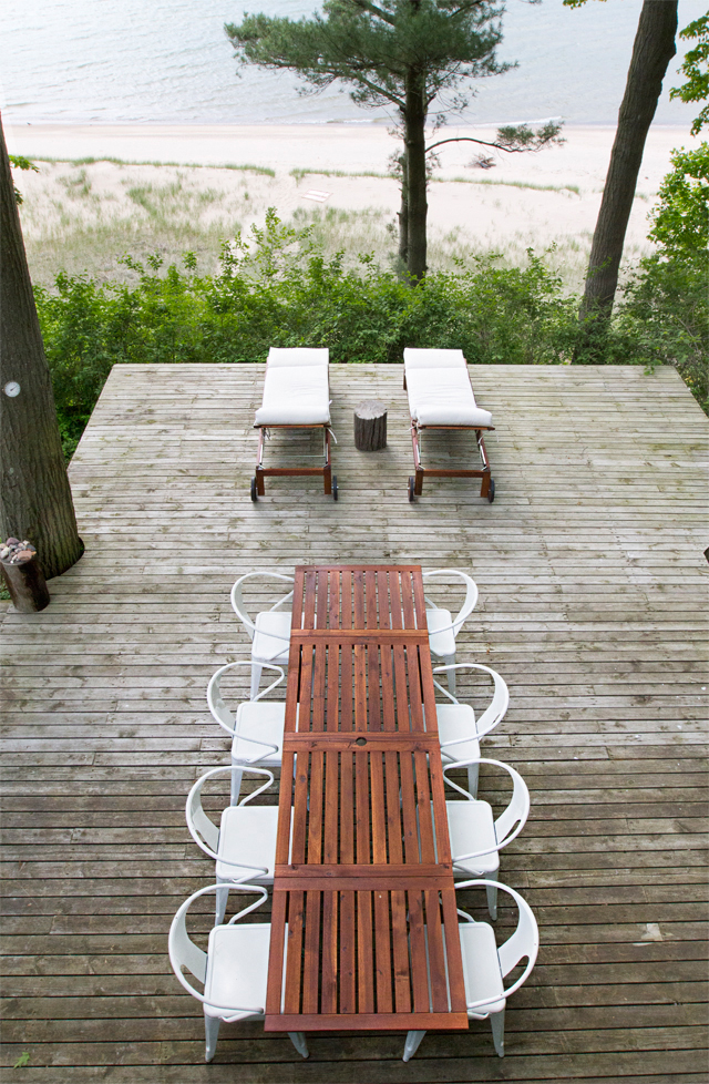 cabin-patio-table31