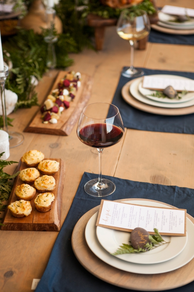 Fall-Entertaining-Table-Wine